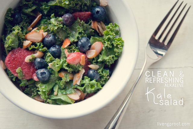 clean_refreshing_alakaline_kale_salad